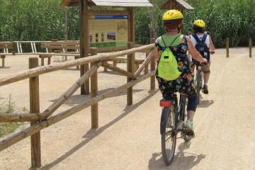 Cicloturismo por la via verde del Delta del Ebro