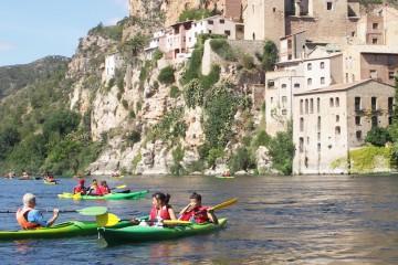 Travesía en kayac por el rio ebro desde Miravet a Benifallet